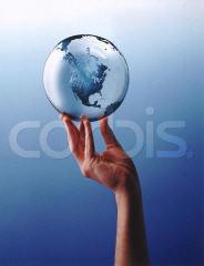 Il nostro futuro di esseri umani su questo pianeta: il mondo in mano ?